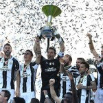 Gianluigi Buffon lifts the 2017 Serie A trophy